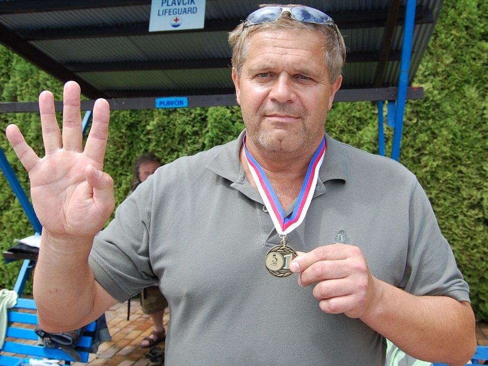 Vodní pólisté Fezka Strakonice získali čtvrtý titul v řadě.