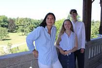 Přinést do života památek nového svěžího ducha. To je úkolem studentů z Univerzity Oxford, kteří přijíždí na stáž na zámek do Blatné.