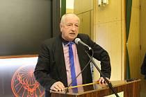 Delegáti valné hromady ve středu 8. února volili nový výkonný výbor Okresního fotbalového svazu Strakonice. Jeho předsedou se stal opět Václav Zábranský.