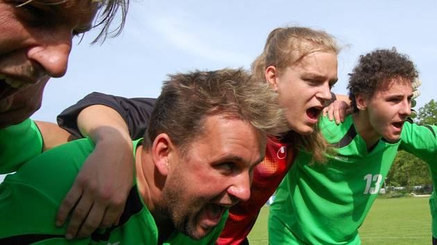 Z vítězství ve finále Českého poháru se radovalo Poříčí, které porazilo Sousedovice 3:1 (3:0).