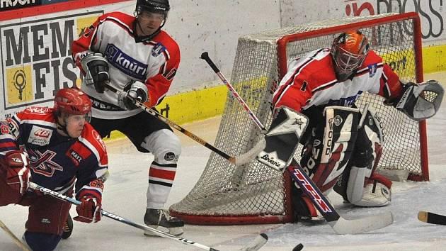 Strakonice v 8. kole na ledě posledního David servisu České Budějovice remizovaly 1:1. Neproměňovaly šance.