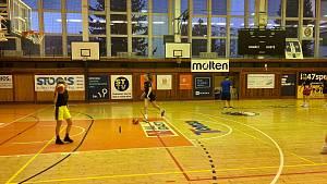 Basketbalistky se vrátily k tréninku