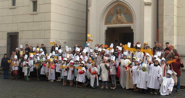 Jednorázové charitativní Tříkrálové sbírky se na Vodňansku zúčastnilo více než sto králů.