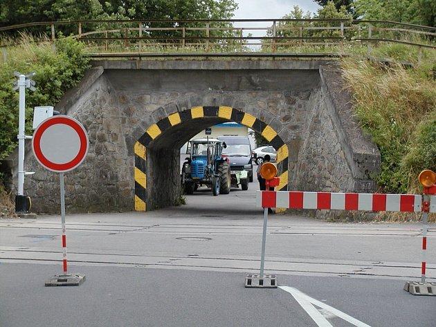 Viadukt u ČZ je neprůjezdný už od 9. července.