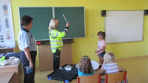Zebra se za tebe Tebe nerozhlédne,to je název dopravně bezpečnostní akce Policie ČR.