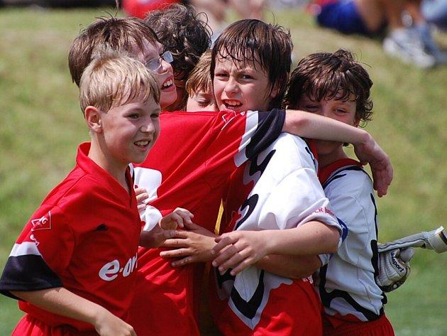 Radost mladých fotbalových nadějí Blatné.