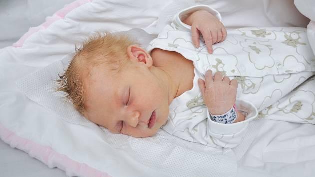 Natálie Mlíčková z Velké Turné. Natálka se narodila 4. října 2019 ve 14 hodin a 34 minut a její porodní váha byla 3 510 gramů. Holčička je prvorozená.