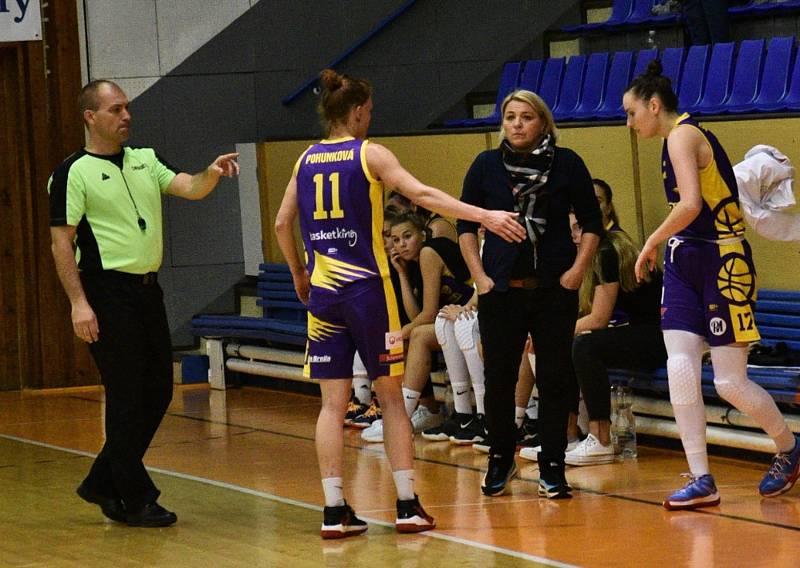 Renomia ŽBL: BK Strakonice - Slovanka 64:79.