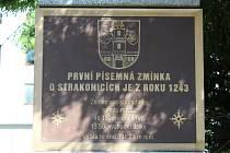 Strakonice 16. srpna  - Základní informace o městě najdete na monumentu před OSSZ