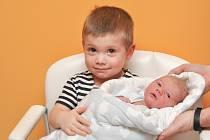 Robin Vovesný z Týna nad Vltavou. Robin se narodil 24. 1. 2020 v 9.28 hodin a jeho porodní váha byla 2 810 gramů. Dvouletý Jonášek měl z malého bratříčka velkou radost.