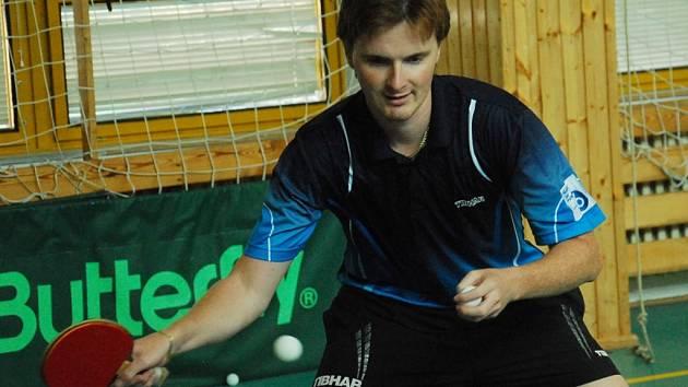 Tomáš Havlík by měl patřit k oporám strakonických stolních tenistů.