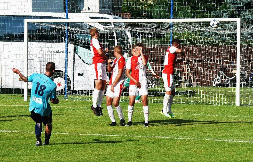 Fotbalisté Katovic porazili v přípravě devatenáctku Slavie Praha 5:0.