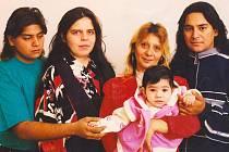 Na snímku je Jaroslav Pohlodko (vpravo) s rodinou.