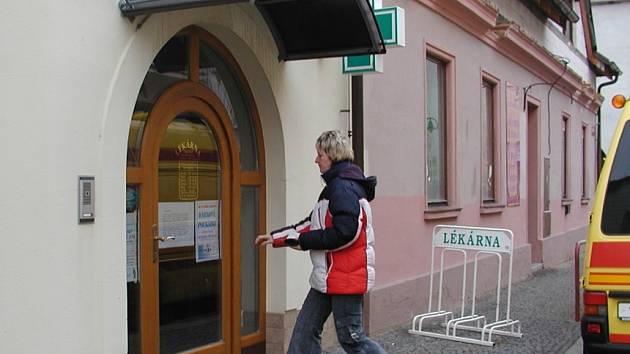 Lékárna proti poliklinice ve Vodňanech