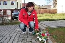 Štěpánka F. na místě, kde její bratr Robin zemřel.