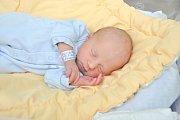 Nikola Červená, Lnářský Málkov, 16.2.2018 ve 12.18 hodin, 2360 g. Malá Nikola je prvorozená.