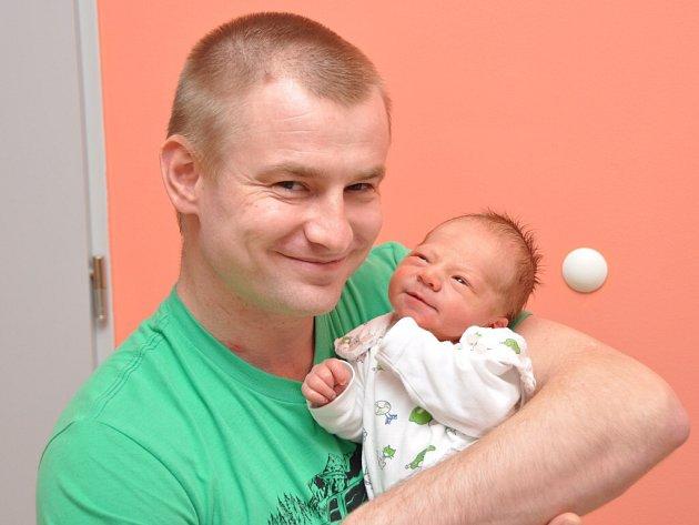 Michal Vlach, Strakonice, 13.1. 2016 ve 22.17 hodin, 3230 g. Malý Michal  je prvorozený.