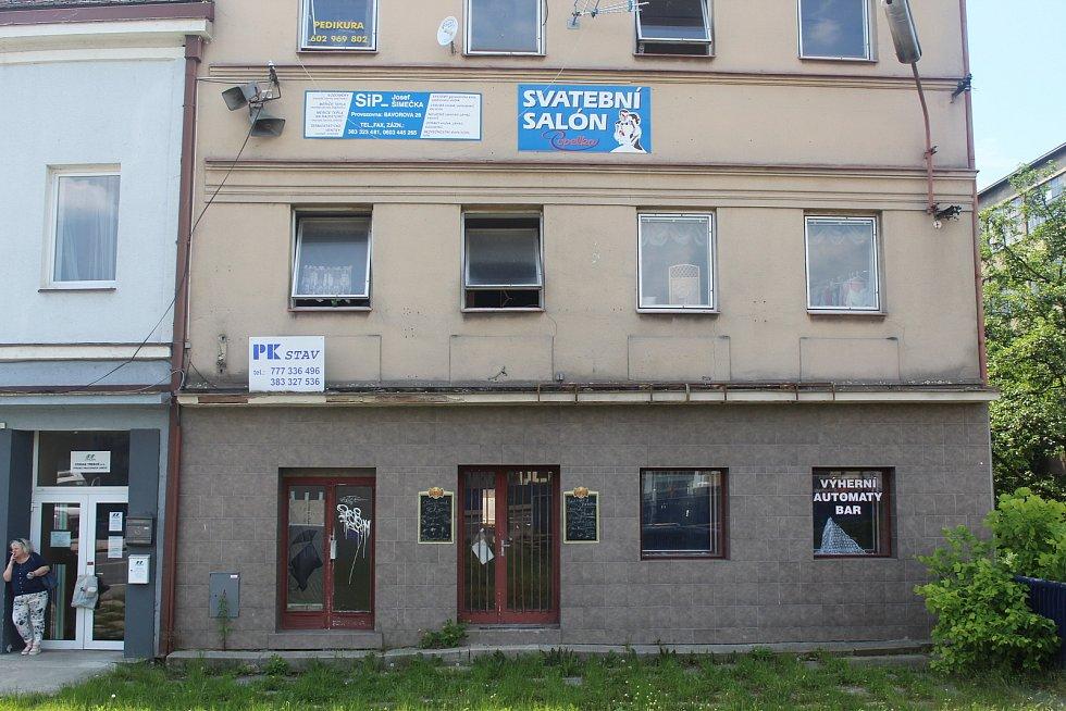 """Bývalý """"Šantán"""" a bistro nad Volyňkou. Bývávalo..."""