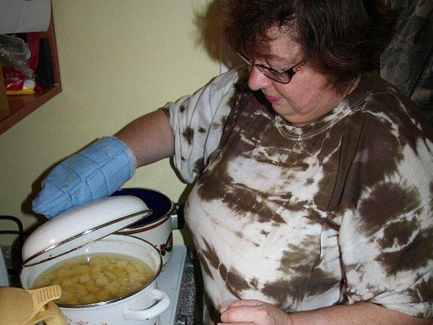 Do sociální rehabilitace Fokusu patří i vaření.