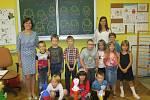 První školní den na ZŠ ve Lnářích.