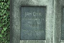 Hrob Jana Dyka.