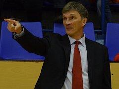 Trenér Ivan Beneš