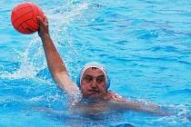 Strakonický Tomáš Javůrek byl oporou veteránů Fezka, kteří svoji kategorii vyhráli.