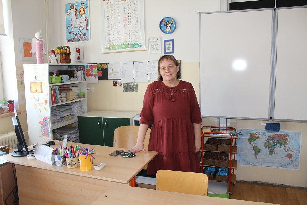 Učitelka Jana Rohová.
