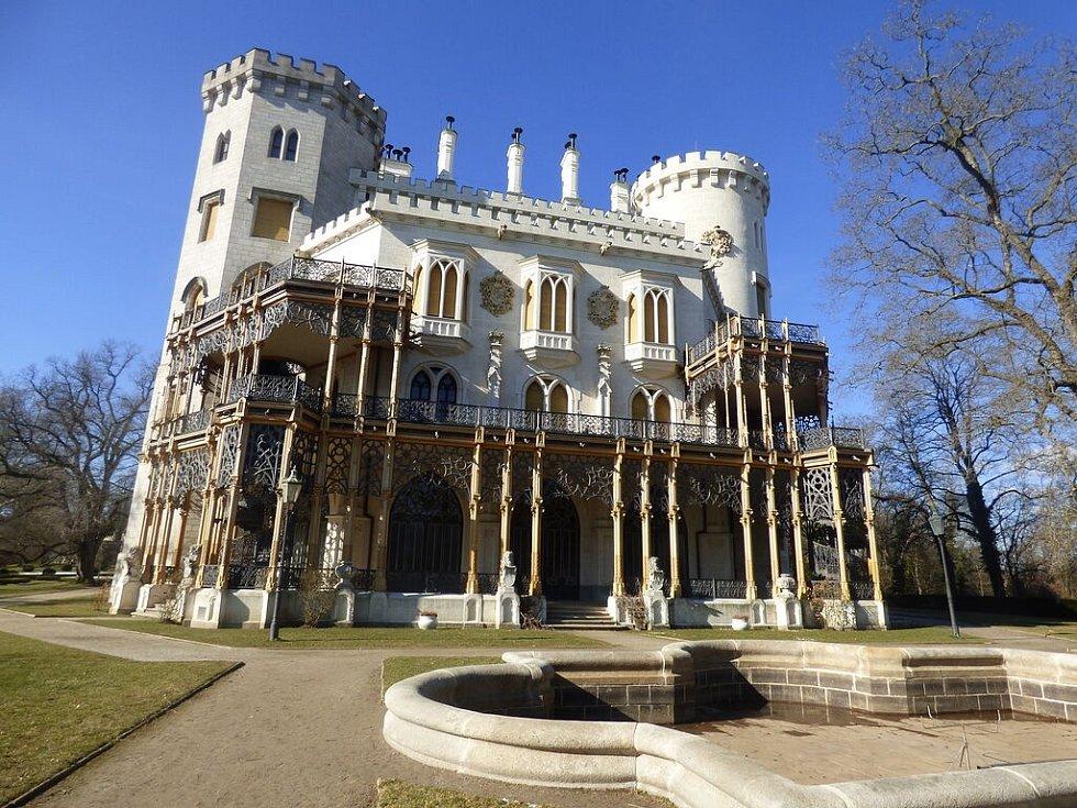 Zámek Hluboká nad Vltavou, kde Tomáš Klus našel svoji princeznu.