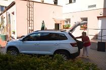 Centrum sociální pomoci Vodňany má nový vůz.