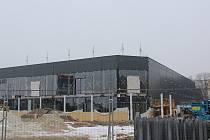 Nejzazší termín dokončení stavby je 31.12.2019, reálný předpoklad dokončení je však mnohem dříve.