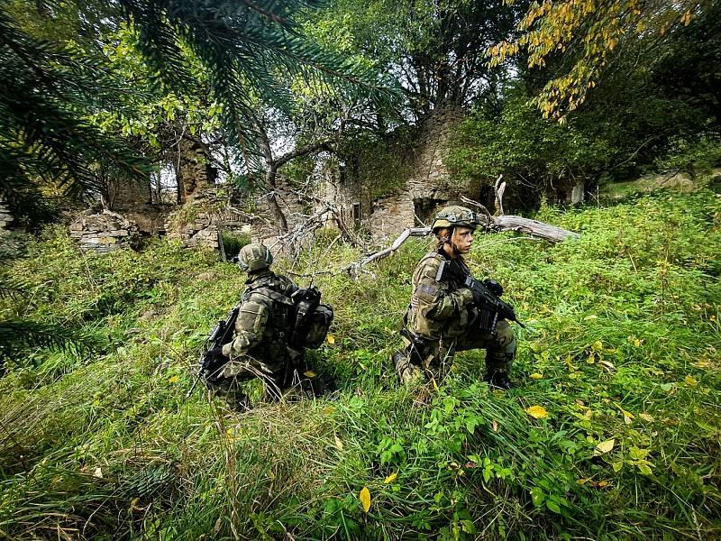 Vojáci při taktickém přesunu. Foto: VeKySIO