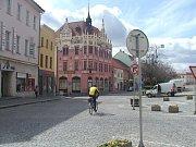 Velké náměstí připomíná spíše širší ulici