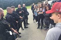Ve čtvrtek 2. září navštívili strakoničtí policisté kurz studentů střední školy TRIVIS Vodňany.