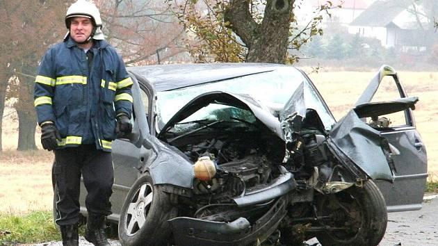Mezi Volenicemi a Novosedly došlo v neděli 8. listopadu ráno k dopravní nehodě.