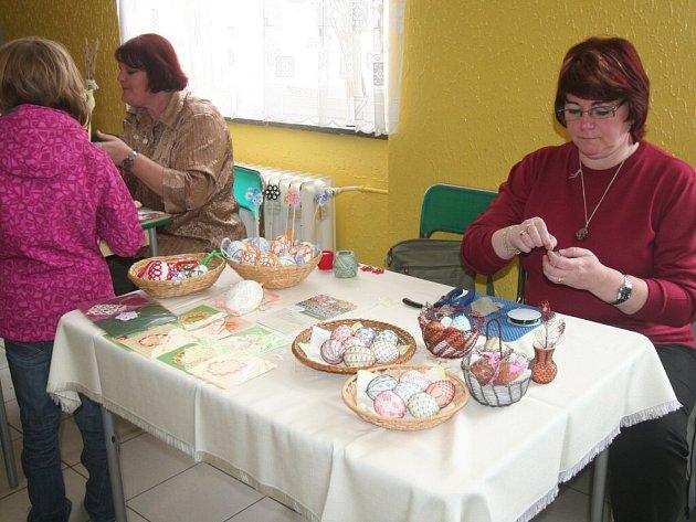 Velikonoce v jídelně ZŠ Dukelská.