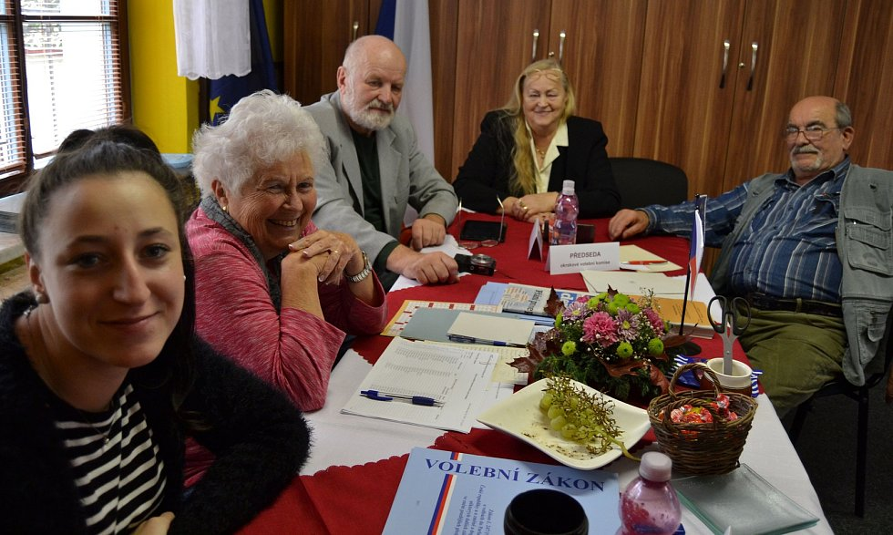 Vodňany - Také volby v Číčenicích zaznamenaly letos mimořádně velkou účast voličů.