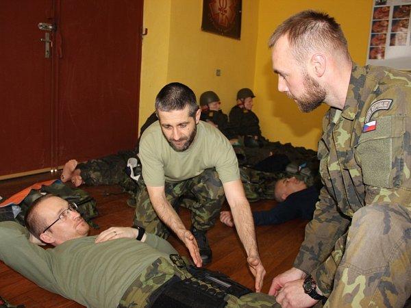Speciální kurzy Combat Lifesaver, se konají ve strakonické posádce již řadu let.