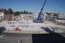 Výstavba přednádraží ve Strakonicích.
