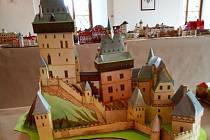 Modely zámků a hradů si mohou návštěvníci prohlédnout ve Lnářích.