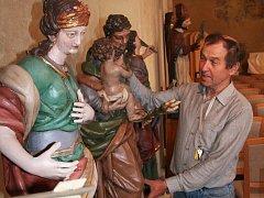 Výstava církevních plastik v kapitulní síni strakonického hradu v sobotu 31. října skončila.