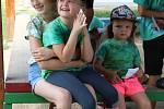 Padesátka dětí chodila v tomto týdnu na příměstský tábor do Cehnic. Jeho téma bylo Vodníci a hastrmani.