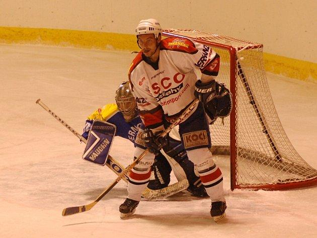 Strakoničtí hokejisté začínají v neděli v 19 hodin s béčkem Tábora.