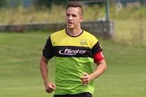 Jan Hoch odehrál v sobotu dva zápasy a oba vítězné. Tři góly dal za béčko ve Staších.