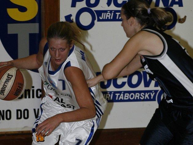 Lucie Baláková (vlevo).