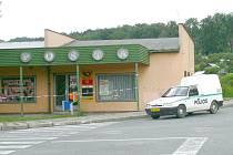 Poštu ve Zvolenské ulici ve Strakonicích přepadl zloděj.