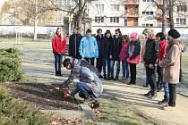 Vodňany - U příležitosti 90 let od úmrtí lékárníka a spisovatele Františka Heritese, připravila Městská galerie a muzeum program pro žáky základní školy spojený s prohlídkou míst spjatých s jeho životem.