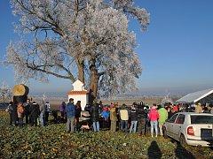 Již šestý ročník Setkání pod lípou se uskutečnil v Jiníně na Silvestra.
