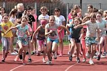 Děti ze ZŠ Čelakovského bojovaly v atletickém víceboji.