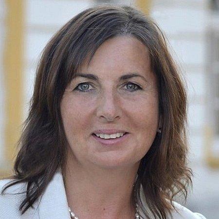 Kateřina Malečková 49let, starostka, ROVNĚ